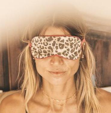 yoga per il sonno - denise dellagiacoma